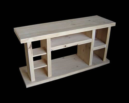 Muebles de living comedor en pino for Muebles en pino